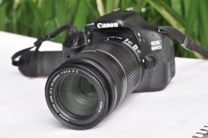 Jual Kamera Bekas Canon EOS 600D