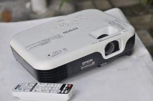 jual Proyektor 2nd - Epson EB-S100