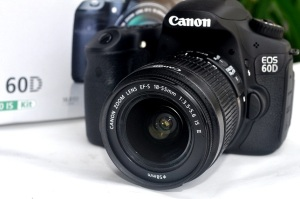 jual kamera dslr canon eos 60d