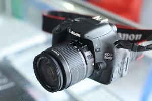jual kamera canon eos 600d