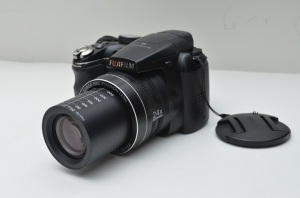 kamera fujifilm-finepix s4200 bekas