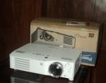 Jual panasonic pt-ax200e HD Proyektor bekas